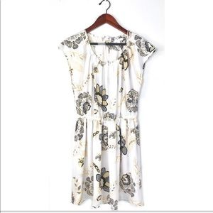LC Lauren Conrad dress white floral pleated large